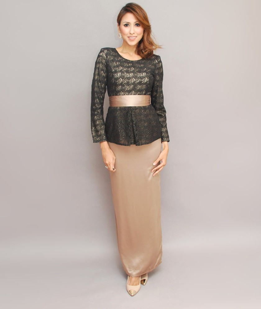 lace-peplum-kebaya-set