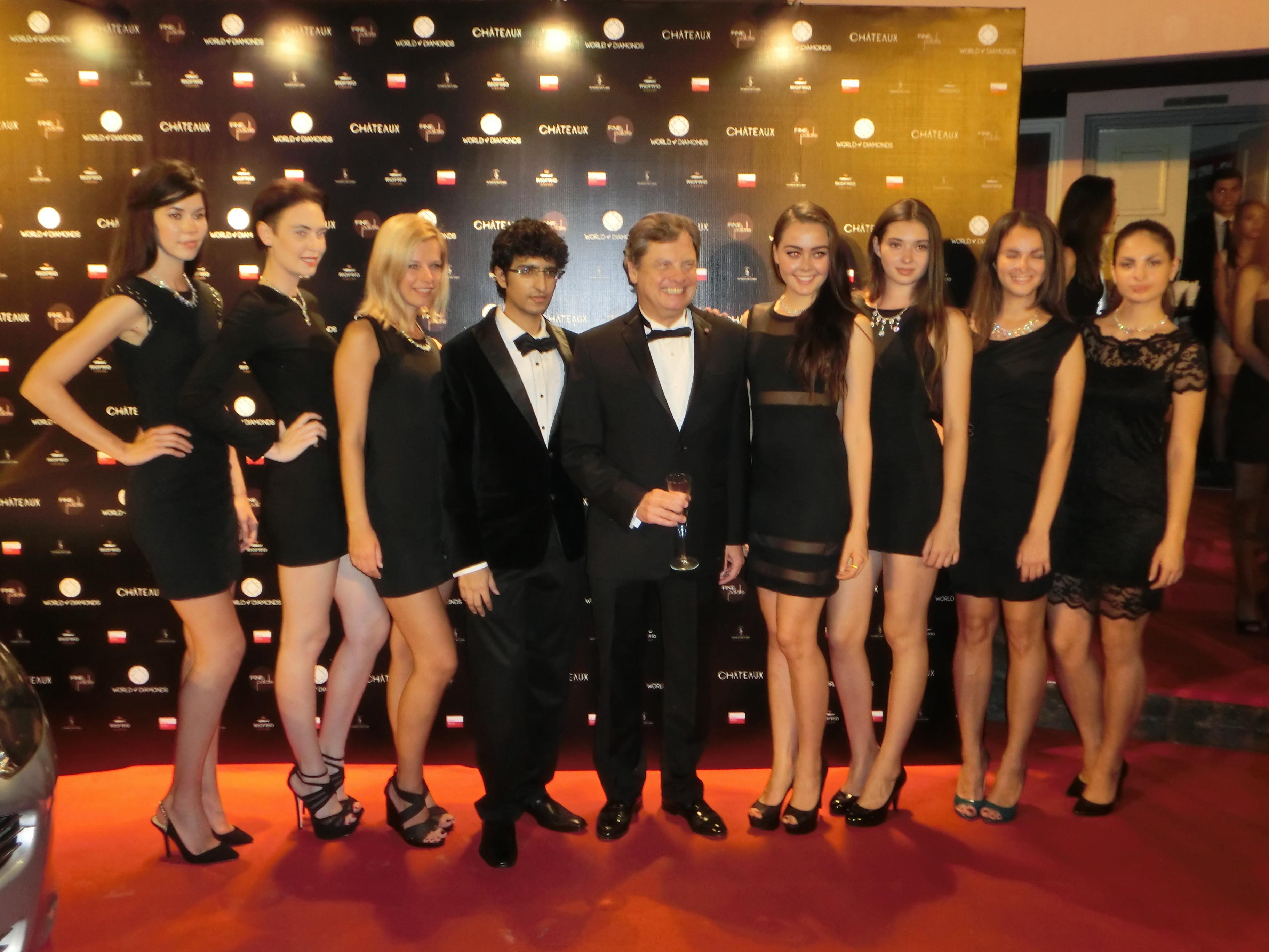 Groß James Bond Party Dress Zeitgenössisch - Brautkleider Ideen ...