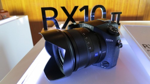 sony-RX10-side-1024x575