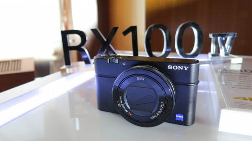 sony-RX100-IV-front-1024x575